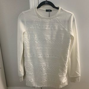 🆕 Lace Front White Pullover Sweater 🆕